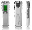Diktafon s pamětí 4GB a FM rádiem DVR-126